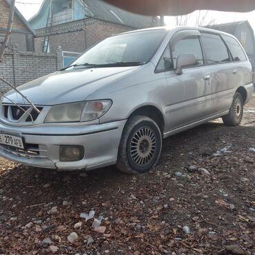 город кант в Кыргызстан: Nissan Presage 2.4 л. 2000 | 55555 км