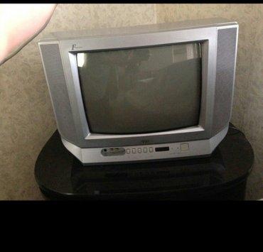 """приставка смарт тв для телевизора в Азербайджан: Телевизор электронно лучевой JVC 21"""" диагональ, небольшой"""