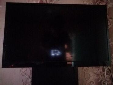 Продаю плазменый телевизор,без интернета,ресивер отдельно,диагональ 80
