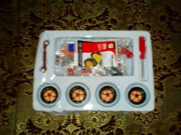 Puzzle oyuncaq masin