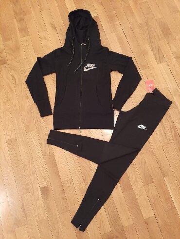 Nike-helanke - Srbija: Nike kompleti duks i helanke, velicine S,M,L,XL. Crna boja. Uzivo
