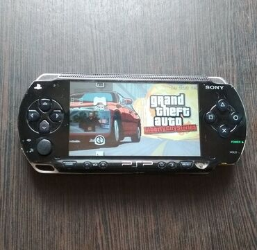 www psp в Кыргызстан: PSP Play station portable Версия 1008Работает без проблем. Внешне