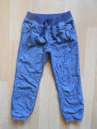 Dečije Farmerke i Pantalone | Becej: H&M termo pantalone sa postavom vel 4/5 god (110cm)Pantalone u