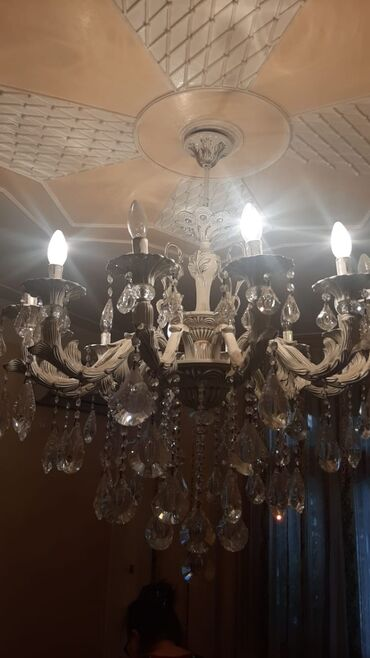 12samdanli keramikadan xurustal lustur 350manata satılır(550manata