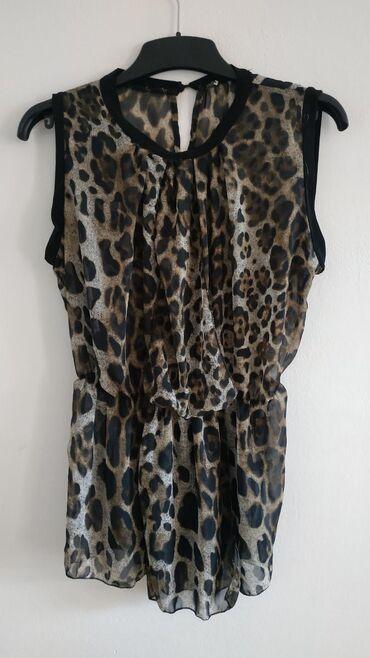 Ženska odeća   Nis: Italijanska nova bluzica, bez oštećenja. Veličina S