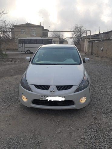 Bakı şəhərində Mitsubishi 2003