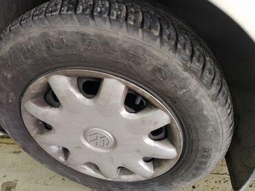 колпак на диски в Кыргызстан: Диски(железные) с резиной гольф 4, 3 колеса на летней хорошей резине