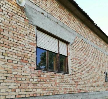 Nova kuća u podnozju Fruske gore, na 18 km od Sremske Mitrovice, u - Sremska Mitrovica