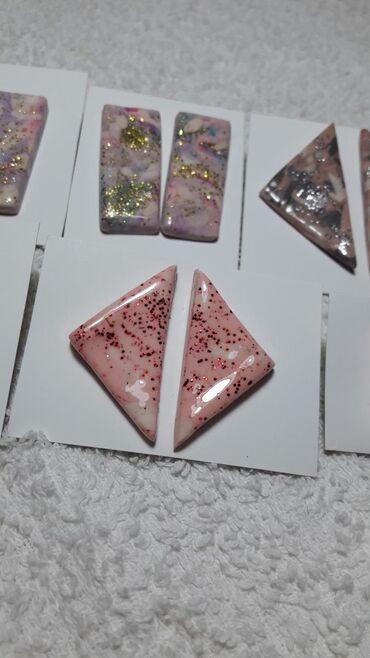 Bunda od pravog krzna - Vrnjacka Banja: Unikatne minđuše od polimerne gline, udice od nerđajućeg čelikaRozi i