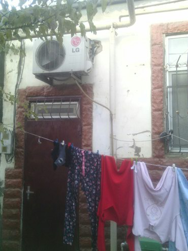 Xırdalan şəhərində Xirdalanda màrkàzdà 1 otaqli tàmirli hàyàt evi tàcili