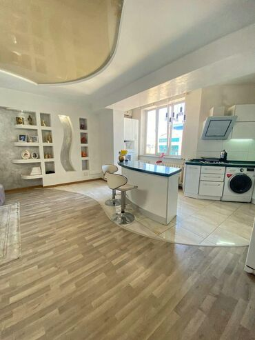 asus zenfone 5 2018 в Кыргызстан: Продается квартира: 5 комнат, 207 кв. м
