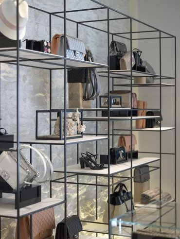 Изготовление торговой мебели и других оборудований для выставления в Бишкек