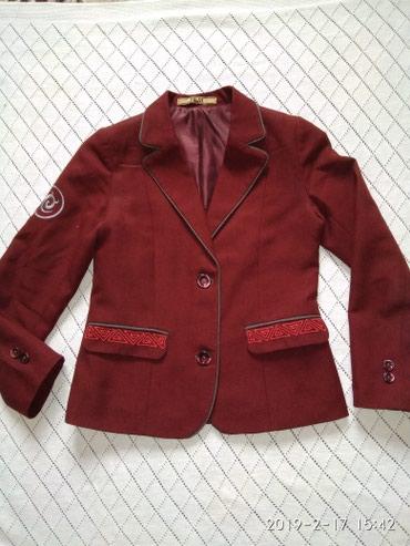 Пиджак школьный - Кыргызстан: 50с. пиджак школьный бордовый женский. размер примерно 9-11 лет. сост