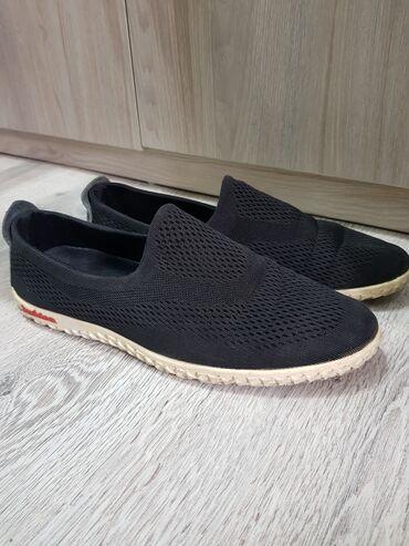 спортивная мужская обувь в Кыргызстан: Г.Токмок . Продаётся мужская обувь, спортивная, весна-лето 39р. 300сом