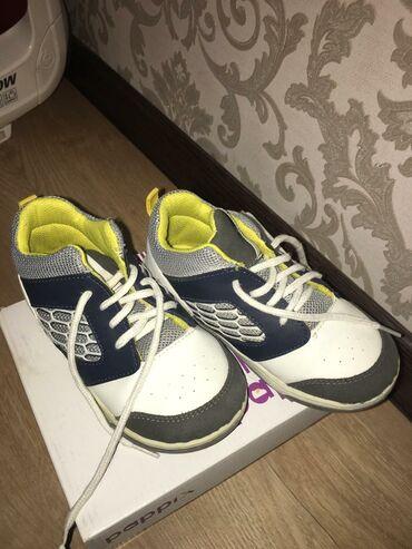 Детская обувь б/у. Цены от 200 сом до 500 сом. Размеры от 24 до 30