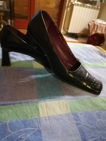 Prelepe salonke,italijanske,koža,kožni đon,par puta obuvene,skupo - Krusevac