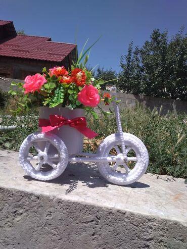 бисера в Кыргызстан: Цветы из бисера, декоративные велосипеды на заказ. Ручная работа. Цена