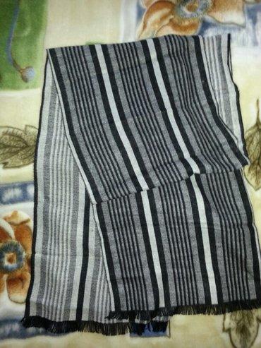 кроп футболки мужские в Кыргызстан: Мужской теплый шарф (Турция) одевали пару раз, мягкий отличное
