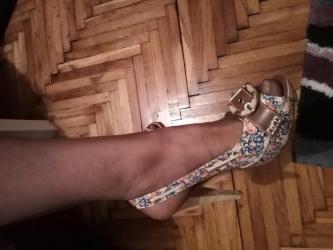 Sarene prelepe sandale sa malom platformom. Obuvene jednom,bez - Kovacica