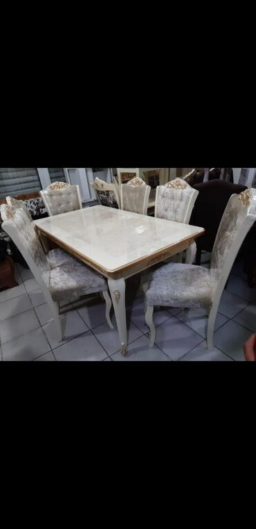 Iyun endirimi qızılı işləməli stol+6 stul 550 manatsadə krem