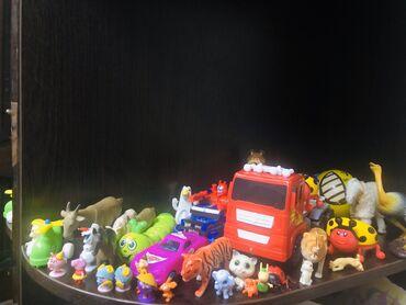 Игрушки - Лебединовка: Игрушки новое и б/у, куплены в Дубаи, продаю комплектом фото и