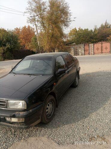 купить крышки от кока колы in Кыргызстан | MERCEDES-BENZ: Volkswagen Vento 2 л. 1993 | 175000 км