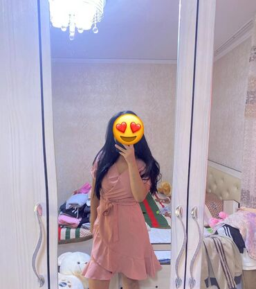 Продаю платье на запах, покупала в Сингапуре отличного качества