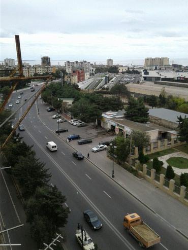 Bakı şəhərində 5 otaqlı 4 ə düzəldilib Leninqrad  proyektli suyu qazı işığı