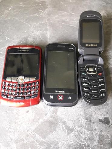 Галакси с3 бу - Кыргызстан: Продаю телефоны бу старые на запчасти. Blackberry, Samsung раскладушка