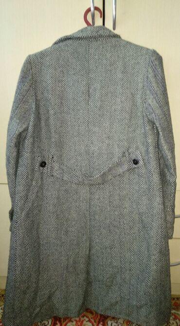 Пальто Деми. 46р. примерно 700сом