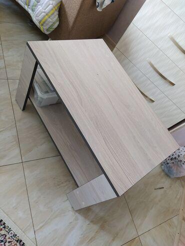 Журнальный столик в отличном состоянии! Почти новый. Высота 45, длина