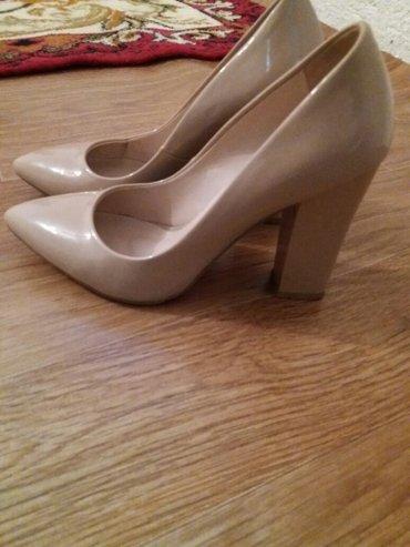 Бежевые туфли Euromix. 37 размер. только один раз одевала на свадьбу. в Кочкор