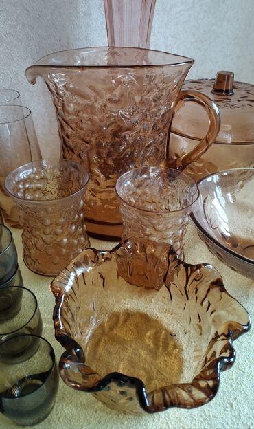 Посуда из коричневого стекла продается: стаканы, рюмки, ваза
