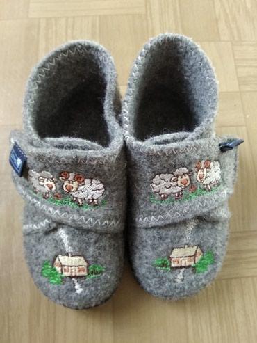 балетки войлочные в Кыргызстан: Тапочки-ботиночки войлочные, тёплые. 19 размера. Made in Poland