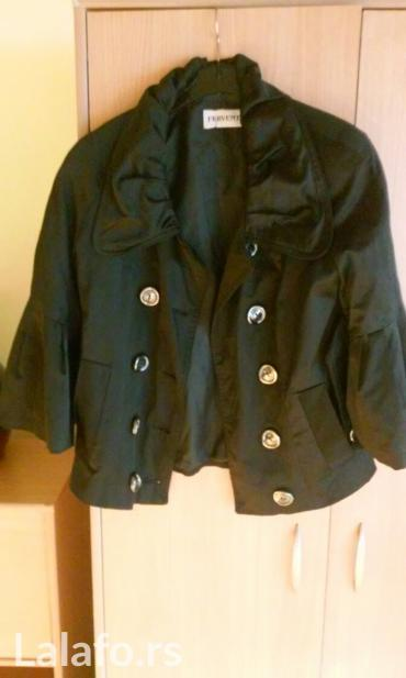 Lepa jaknica,nova,izuzetno lepo stoji,velicina s-m,kao sako j - Vrnjacka Banja