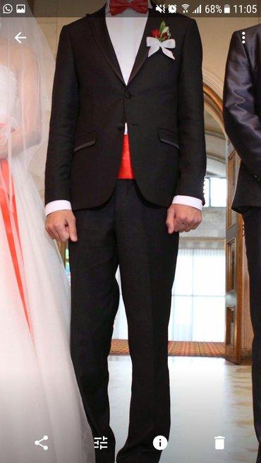 Шикарный костюм. в идеальном в Бишкек