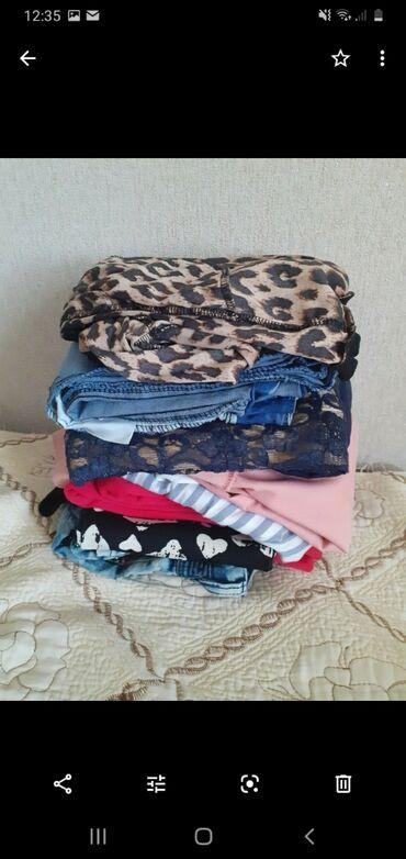 Вещи на девочек,курточки зимние и дэми,на возраст7,68.лет,состояние