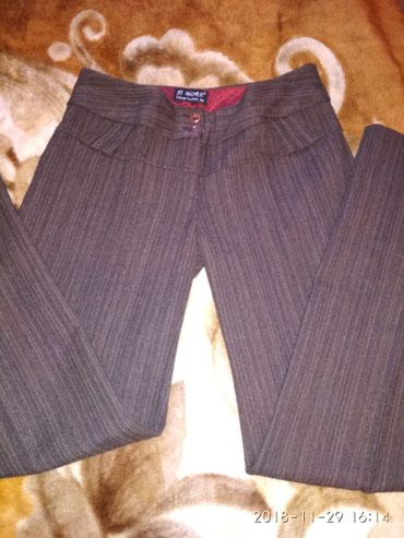 женские брюки классика в Кыргызстан: Брюки женские классика. шерсть. турция. 38 размер