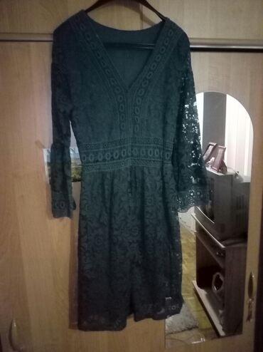 Prelepa smaragdno zelena cipkasta haljinica, jednom obucena. Velicina