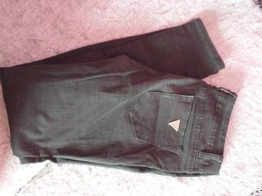Pantalone i farmerice komad - Srbija: Zenske pantalone,farmerice i keper,4 komada,svaki po 300 din ili sve