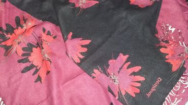 Desigual poncho, Drop of Flowers. Nov, samo opran