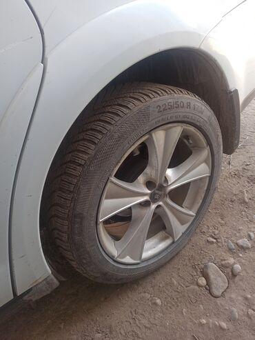 диски субару в Кыргызстан: Продаю диски с покрышками комплект от Субару аутбек, ездил мало, без