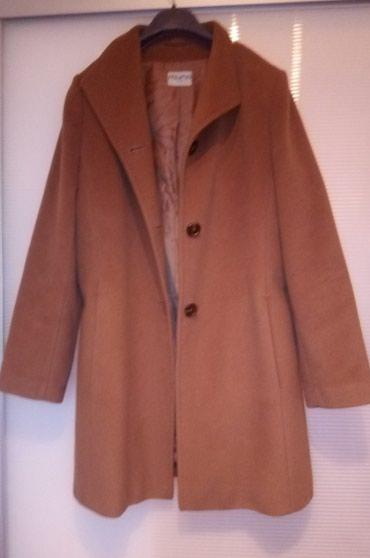Kupujem sličan kaput, dužine 95cm do 100cm, 100% vuna, kamel boja. - Belgrade