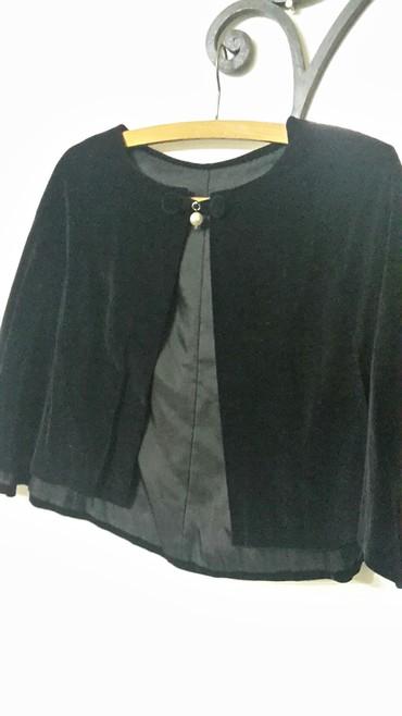 Prelep crni plisani bolero nosi se preko svecane haljine - Nis