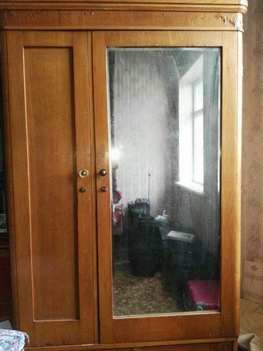 Антикварный шкаф, продается срочно в связи с переездом. в Bakı