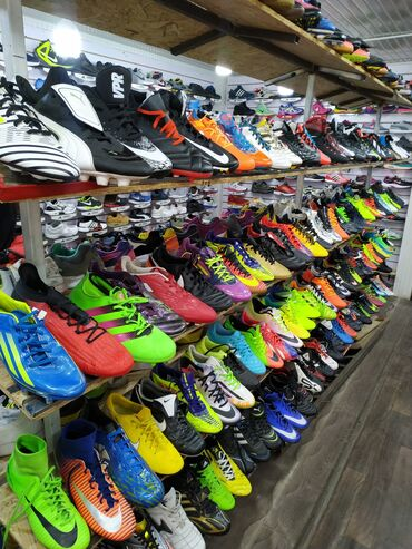 реставрация обуви бишкек в Кыргызстан: Футбольная обувь с Европы для взрослых и детей размеры от 29 до 46