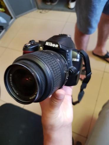 nikon sb 700 в Кыргызстан: Nikon d3000 tolko zvonit 4500som