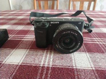 sony-a7-iii-бишкек в Кыргызстан: Sony A6300 с китовым объективом (16-50)беззеркальный фотоаппарт. В