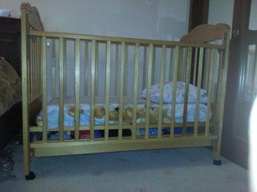 Детская кроватка из натурального дерева с ортопедическим матрасиком