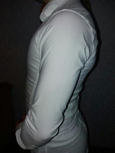 Kvalitetna strukirana pamučna košulja bez znakova korišćenja, - Ruski Krstur